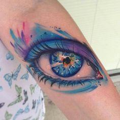 Look at Me! Mike Schultz traz uma série de olhos realistas tatuados