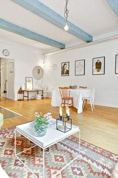 L'appartement aux poutres bleues (via Bloglovin.com )