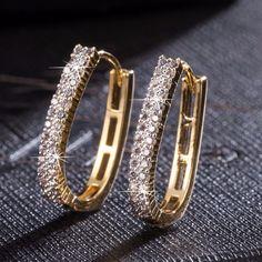 Luxury Gold Hoop Earring Fashion Round Shining Rhinestone Crystal Zircon Big Earrings For Women Jewelry Wedding Accessories Moon Earrings, Diamond Hoop Earrings, Vintage Earrings, Diamond Pendant, Women's Earrings, Pendant Necklace, Crystal Jewelry, Gold Jewelry, Jewelry Accessories