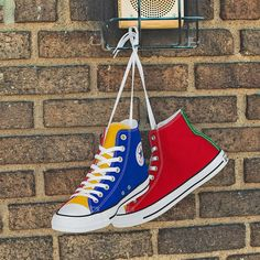 Color Block Converse Multicolor High Tops Canvas Blue Green Red Yellow Chuck Taylor w/ Swarovski Crystal All Star Sneakers Basketball Shoe Mode Converse, Converse Chuck Taylor All Star, Converse All Star, Chuck Taylor Sneakers, Converse Shoes, High Top Converse, Converse Tumblr, Black Shoes Sneakers, Converse Fashion
