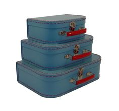Travellers set of Cargo Retro Luggage Euro Suitcases by Cargo Vintage suitcases have a lovely charm about them, especia. Vintage Trunks, Vintage Suitcases, Vintage Luggage, Suitcase Storage, Suitcase Set, Box Storage, Euro, Cardboard Suitcase, 3 Piece Luggage Set