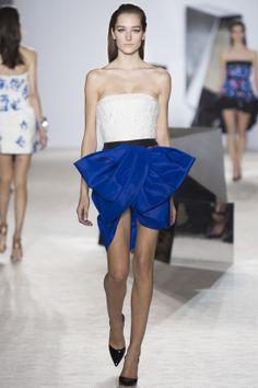 Le défilé Giambattista Valli haute couture printemps-été 2014 5