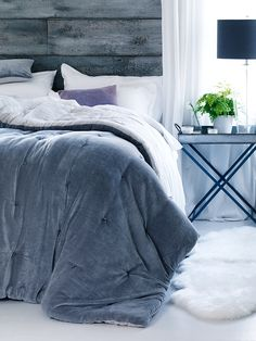 NEW Velvet & Linen Kingsize Quilt - Dove Grey - Indoor Living