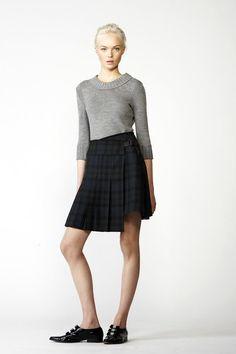 4f6c31ec6929 Chloé Pre-Fall 2010 Collection - Vogue Fashion 2018 Trends