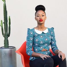 I've recently discovered the designer Natacha Baco. I love the Peter Pan collar on this shirt! I love the colour, the shoulders and the cut out detail at the front. Love, love, love. Model wears Anna top.  #africanfashion #wax #preppy
