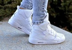 jordan, shoes, and white image High Heel Sneakers, High Shoes, Sneaker Heels, Blue Sneakers, Sneakers Nike, Blue Trainers, Blue High Heels, Blue Shoes, New Shoes