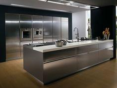 Cucina con maniglie ELEKTRA   Cucina in acciaio - ERNESTOMEDA