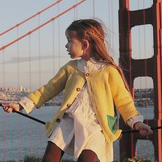 Sunset in SF ☀️ || #babaà Cardigan No.2 Yellow, available NOW in our shop ! ( link in bio ) || lovely picture by @kirstenrickert #babaaKnitwear #babaaFriends