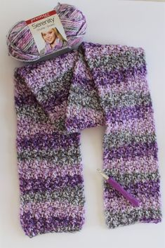 Free Pattern: Northern Lights Winter Scarf, by Grandma Duck Designs. This quick and easy scarf has a beautiful texture. Free Pattern: Northern Lights Winter Scarf, by Grandma Duck Designs. This quick and easy scarf has a beautiful texture. Crochet Scarf For Beginners, Crochet Kids Scarf, Crochet Scarves, Crochet Yarn, Chunky Crochet Scarf, Chunky Yarn, Crocheted Scarves Free Patterns, Knit Cowl, Crochet Granny