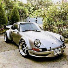 Porsche modified by RWB Porsche Sports Car, Sports Car Racing, Sport Cars, Fancy Cars, Cool Cars, Classic Motors, Classic Cars, Singer Porsche, Ride 2