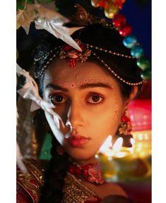 Pin/karishma Radha Krishna Holi, Radha Krishna Love Quotes, Cute Krishna, Radha Krishna Pictures, Shree Krishna, Krishna Art, Radhe Krishna, Lord Krishna, Krishna Drawing