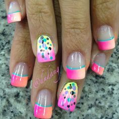 Want some ideas for wedding nail polish designs? This article is a collection of our favorite nail polish designs for your special day. Funky Nails, Glam Nails, Hot Nails, Beauty Nails, Classy Nails, Fabulous Nails, Gorgeous Nails, Pretty Nails, Amazing Nails