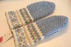 Kanarin Einarsdotter - Fingerless Mittens, Knit Mittens, Knitted Gloves, Knitting Socks, Crochet Gloves Pattern, Mittens Pattern, Knitting Patterns, Crochet Patterns, Wrist Warmers