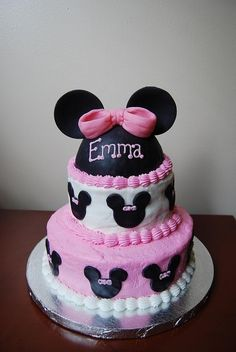 Minnie Mouse cake by heather.witt.7545