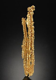 A super miniature specimen of crystalline wire Native Gold from the Round Mountain Mine, Nevada, USA. Minerals And Gemstones, Crystals Minerals, Rocks And Minerals, Stones And Crystals, Gold Mining Equipment, Gold Money, Mineral Stone, Rocks And Gems, Natural Crystals