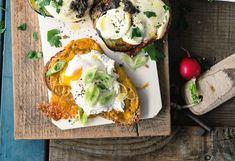 Fitberry-Brot überbacken mit Cheddar und pochiertem Ei