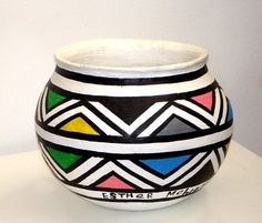 Painted clay pot - Esther Mahlangu
