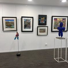 Les œuvres sont en voyage à Anet pour le bonheur d'un grand public  #e.leclercculturel #anet Les Oeuvres, Cool Art, Art Gallery, Public, Color, Collection, Home Decor, Bonheur, Travel