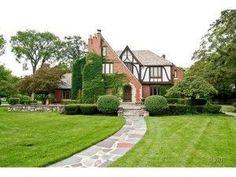 08423953, 5 beds, 4.2 baths - gorgeous estate for sale in Oak Park IL