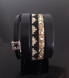 Bracelet manchette en cuir et tissage de perles. Fait-main