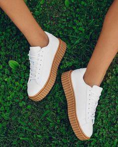 Ténis puma brancos com plataforma  shoessneakers Sapatos Lindos a48a94b2ad898