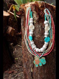 #collar #necklace #cerámica #ceramic #handmade #hechoamano @masiasimonetta en Facebook y en instagram Tassel Necklace, Turquoise Necklace, Summer Trends, Collar, Tassels, Facebook, Boho, Instagram, Handmade