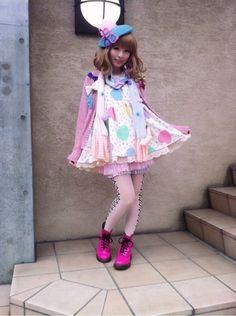 ♥ ロリータ, Sweet Lolita, Fairy Kei, Lolita, Loli, Pastel, Decora, Victorian, Rococo ♥  http://pastelcubes.tumblr.com/