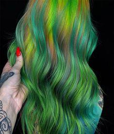 Rainbow With Highlights Ideas 2019 Latest Hair Color, Cool Hair Color, Hair Colors, Unique Hairstyles, Messy Hairstyles, Awesome Hair, Colorful Hair, Trendy Hair, Hair Highlights
