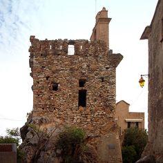 Corsica - Bastia - Corse --- Furiani La tour Paoline --- Au Moyen Âge Furiani était un fief seigneurial avec un château. La tour est ce qui subsiste de l'ancien château de Furiani. Elle a été entièrement rebâtie après 1763 par Pascal Paoli, d'où son nom de « Tour paoline ».La tour de Furiani et la tour de Nonza sont les deux seules tours carrées édifiées sous Pascal Paoli.