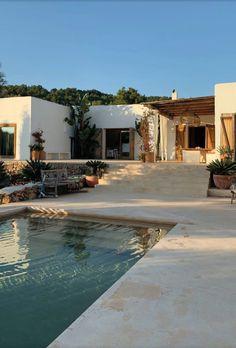 Dream Home Design, My Dream Home, House Design, Garden Design, Style At Home, Future House, House Goals, Pool Designs, Home Fashion
