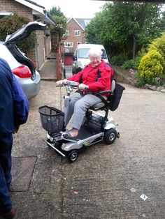 A Quingo scooter user enjoying her Quingo Flyte. The Quingo Flyte is our most portable mobility scooter, loading and unloading into most small cars and hatchbacks in under 60 seconds