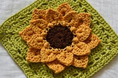 All Things Bright and Beautiful: Sunflower Pot Holders-with link to pattern