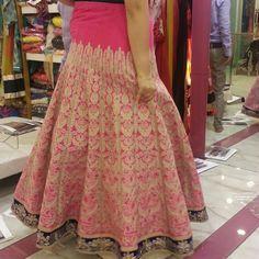 #manishmalhotra #shadesandyou #lehengacholi #lehenga #clientdiaries #ethnicwear #indianbrides #custom