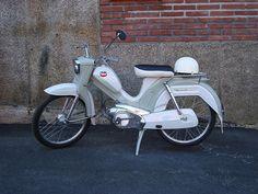 Tunturi 1965 Moped Scooter, Vespa, Honda Cb, Finland, Motorbikes, Vintage Cars, Nostalgia, Vans, Motorcycle