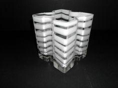 "Art Glass Vase White Geometric Wrap Around Ribboning 4 1/2"" Diameter 6"" Tall in Pottery & Glass, Glass, Art Glass | eBay"