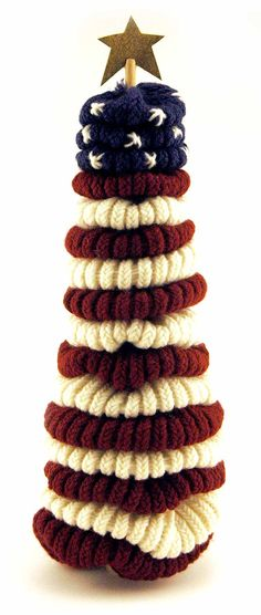 knifty knitter flag decoration pattern made with the round loom set. Could totally crochet something like this! Spool Knitting, Loom Knitting Projects, Loom Knitting Patterns, Yarn Projects, Knitting Looms, Knitting Machine, Sewing Projects, Loom Crochet, Round Loom