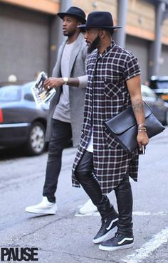 EXTREME LONGLINE...I need to seek out & invest in this shirt.