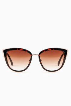 Show Me The Way Sunglasses in Tortoise / Shop Sosie #cat eye #sunnies #sleek