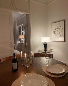 Dream Home Design, Home Interior Design, Interior Decorating, House Design, Sala Vintage, Aesthetic Rooms, Dream Apartment, First Home, Home Decor Inspiration