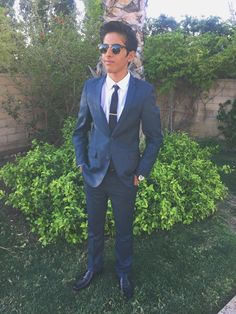 @TheKaranBrar ur are sooo handsome in that suit!!!!