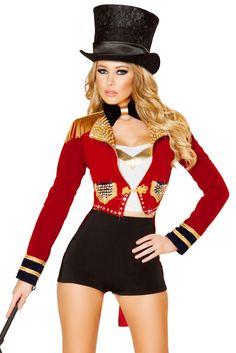 Celebrity ringleader costume for women