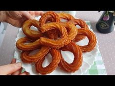Beignets, Onion Rings, Biscotti, Food Art, Food And Drink, Ethnic Recipes, Desserts, Youtube, Anne