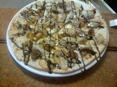 Pizza ai Fichi Dry figs, caramelized onions, Gorgonzola, topped with fig balsamic reduction