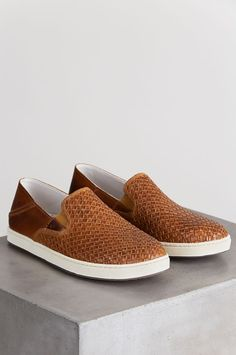 005dc9c76cf6c Men's Olukai Kahu Lauhala Leather Loafers | Overland