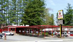 Cardinal Drive-in Brevard, NC it looks so cute! I love all the little businesses! Brevard North Carolina, Living In North Carolina, Western North Carolina, North Carolina Mountains, South Carolina, Vacation Places, Places To Travel, Places To Visit, Vacations