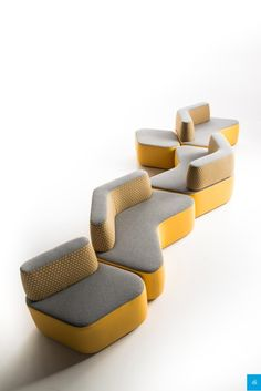 Modular sofa, with an original and smart design. Living Room Furniture Layout, Sofa Furniture, Modern Furniture, Furniture Design, Office Sofa, Office Seating, Waiting Room Design, Yellow Office, Cozy Chair