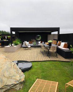 Outdoor Spaces, Outdoor Living, Outdoor Decor, Garden Design, House Design, Backyard, Patio, Garden Spaces, Lush Green