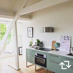 185 vind-ik-leuks, 3 reacties - IKEA Nederland (@ikeanederland) op Instagram: 'Een prachtige, moderne #METOD keuken in het #droomhuis van @klas.lokaal!  #fris #groen #KALLARP…'