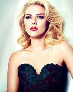 Love the hair, make up. Scarlett Johansson