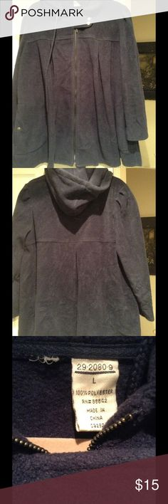 Coat swing fleece Swing style coat with zipper front and back hood. 2 side snap close pockets. Pleat in back for the flare look. Very generously sized. Marked size L but it fits up to 2xl. Warm fleece fabric. Wore 2x washed clean in excellent condition. Navy blue Jackets & Coats